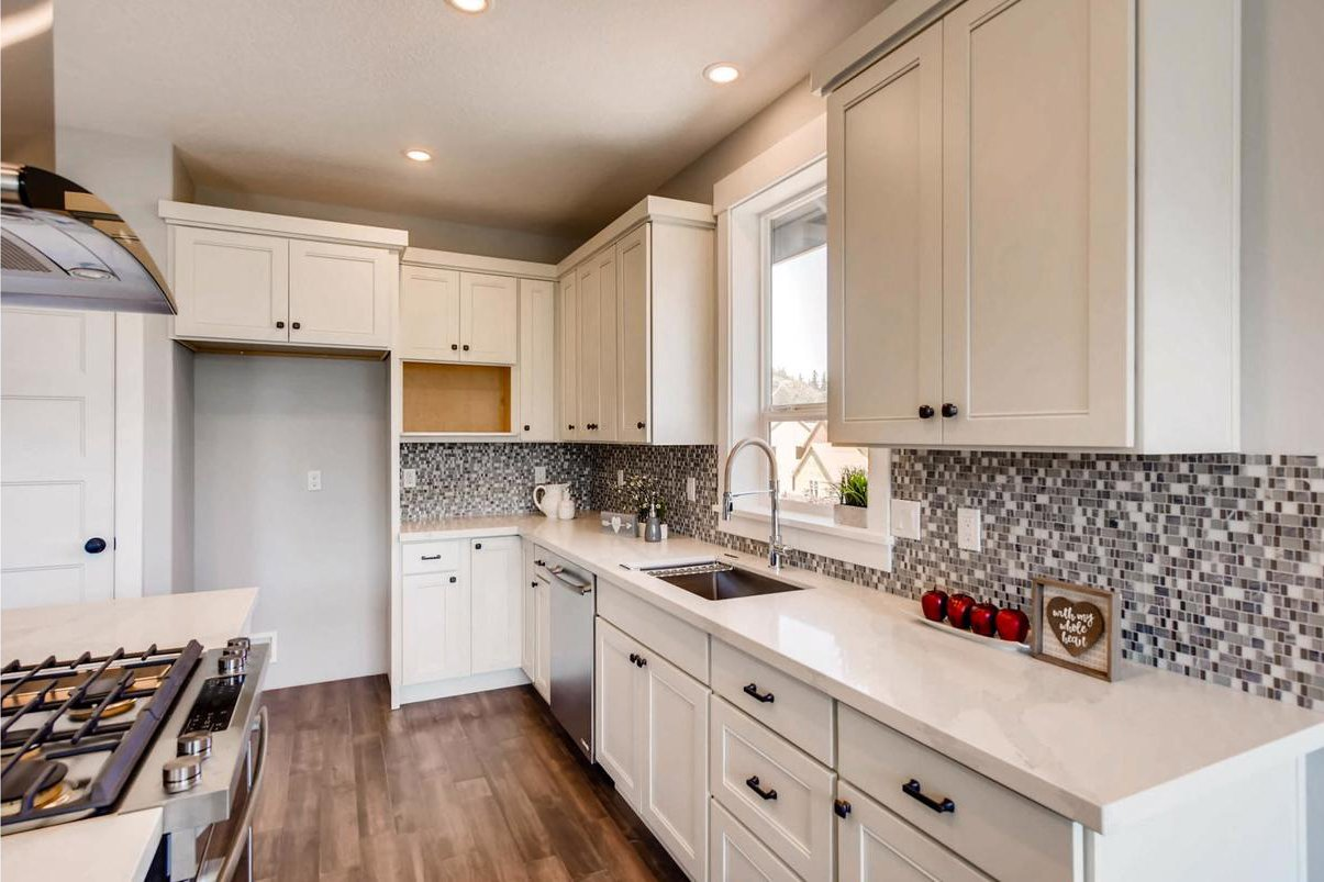 gresham-oregon-kitchen-remodel-white-cabinets