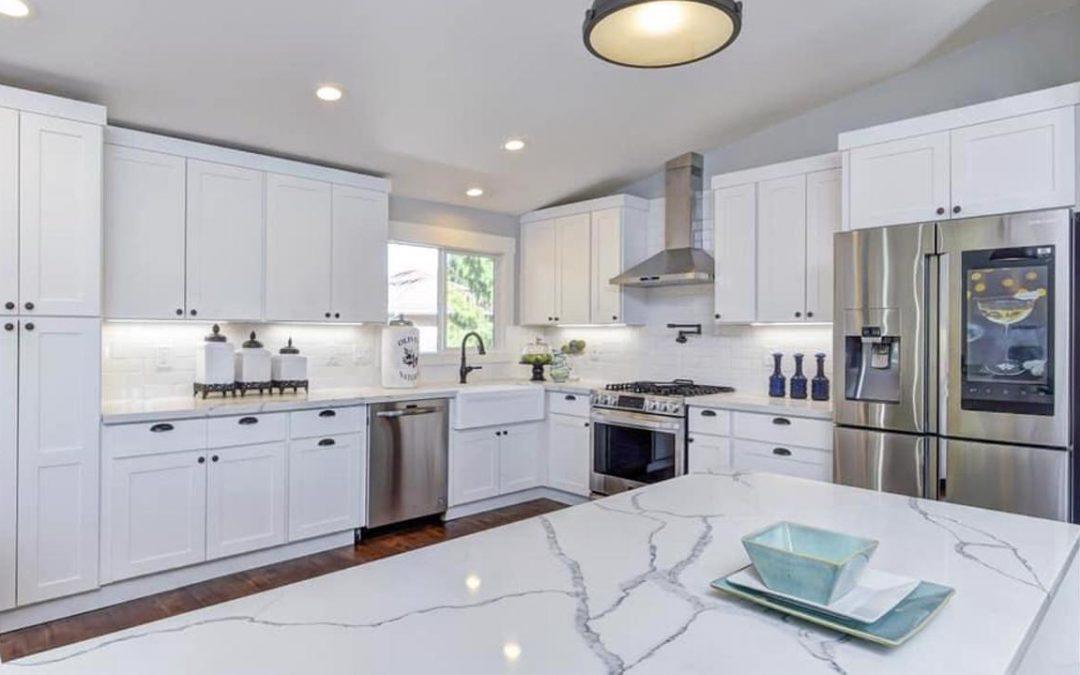Seattle, WA White Kitchen Design & Remodel